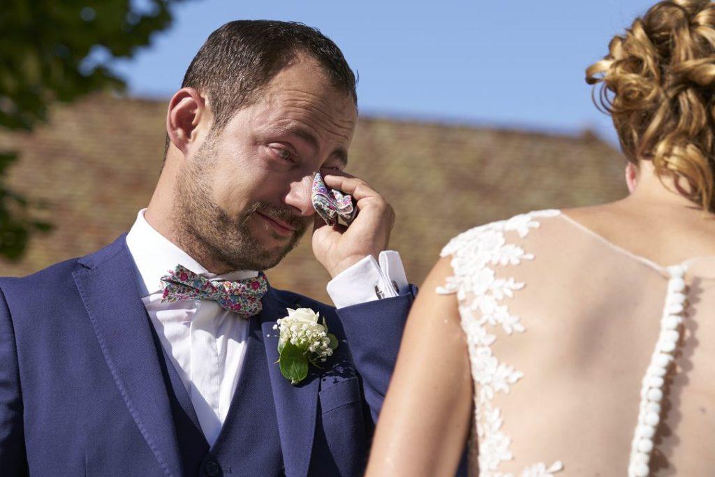 Emotion du marié